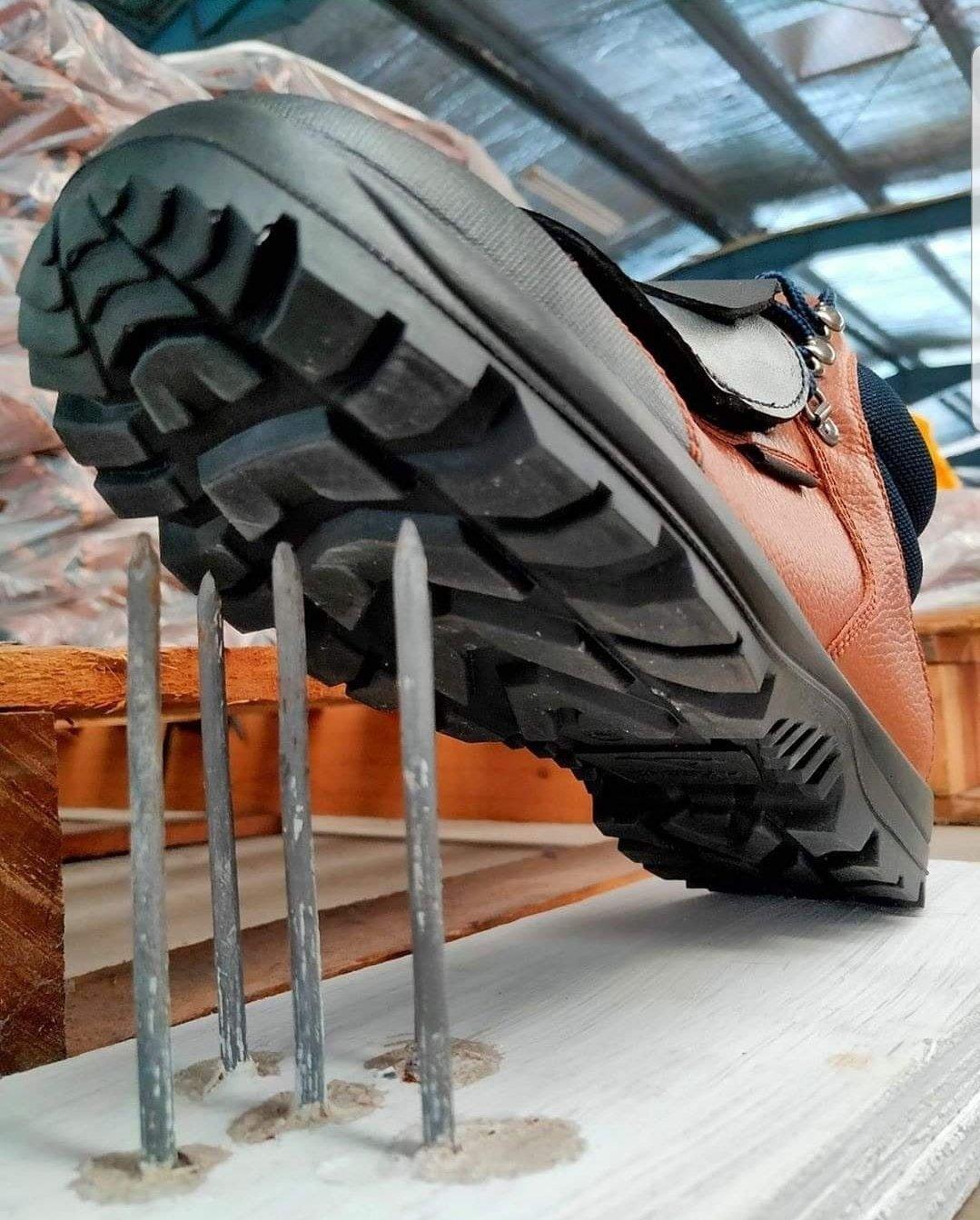 Sepatu Safety Murah Meriah di Satria Saftindo